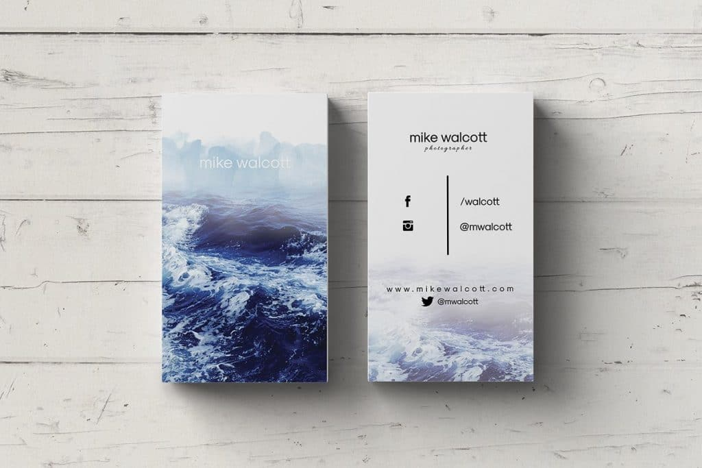 Cards with the image of waves.