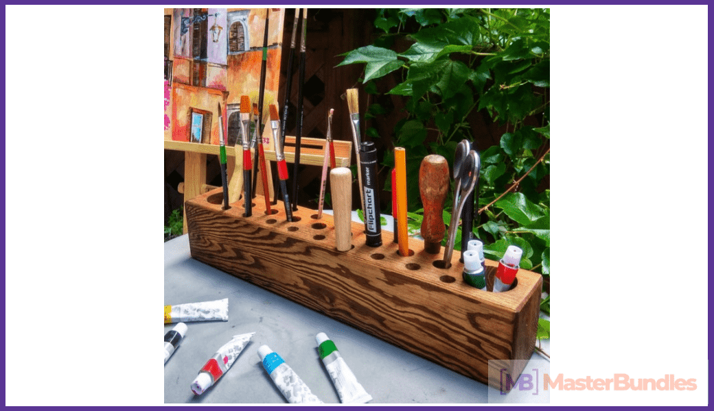 Wooden Brush Holder. Christmas Gifts for Artists