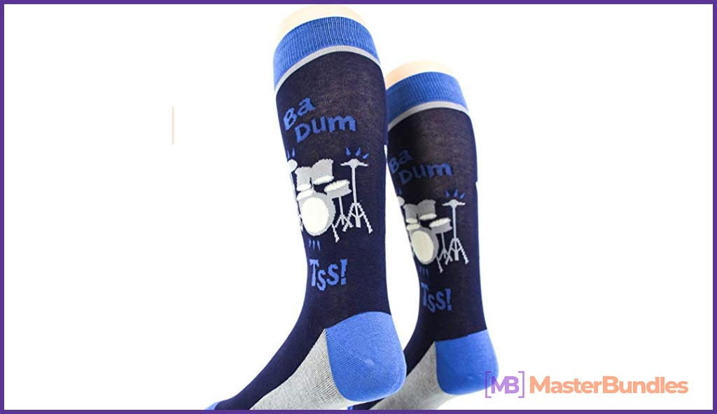 75+ Best Gifts for Musicians & Music Lovers in 2020 - musical notes and bars socks 30
