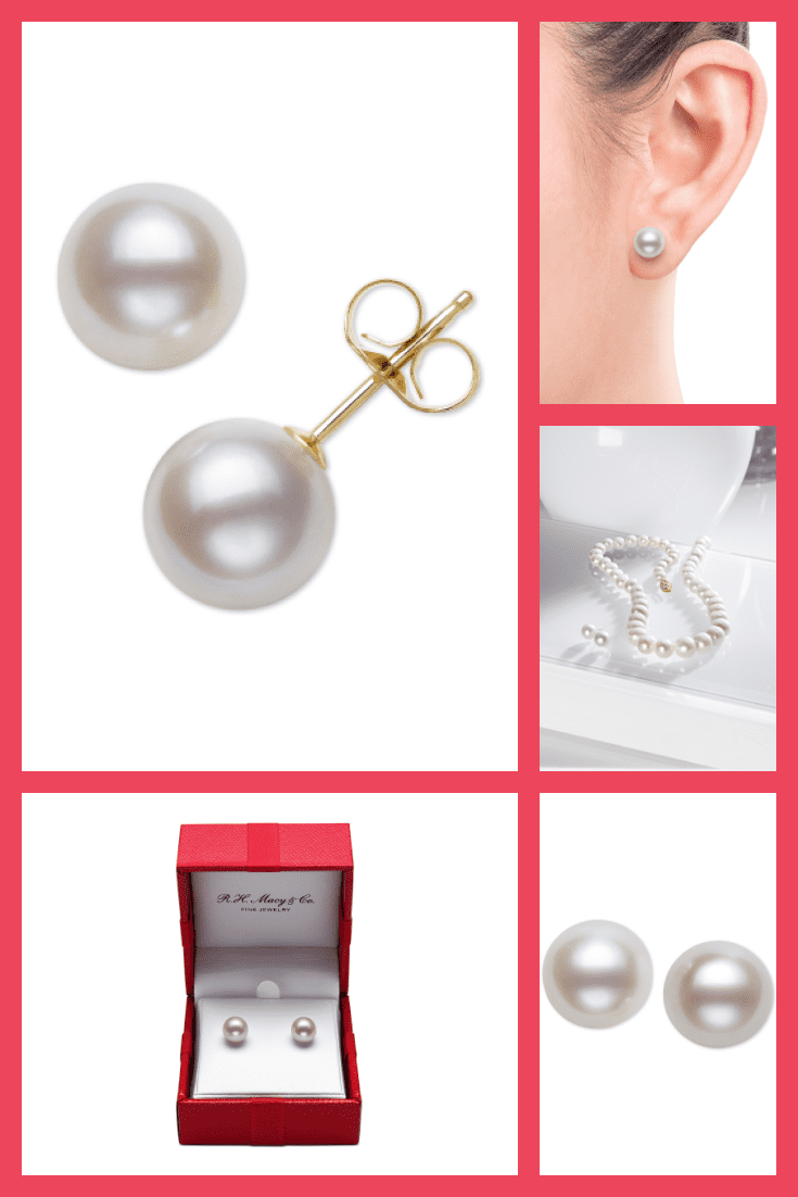 Earrings with pearls. Very sophisticated and always up-to-date.