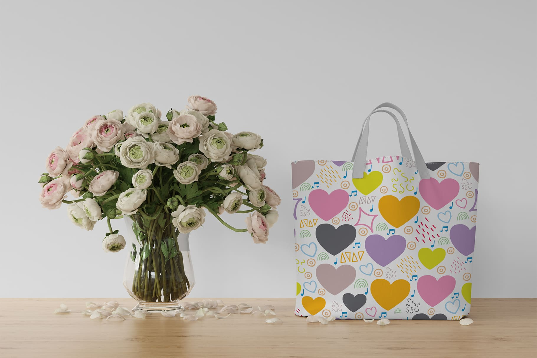 Light summer bag with hearts.
