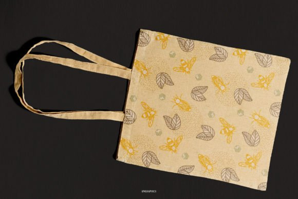 This is not just an eco bag, it is the most delicate bag with sweet bees.