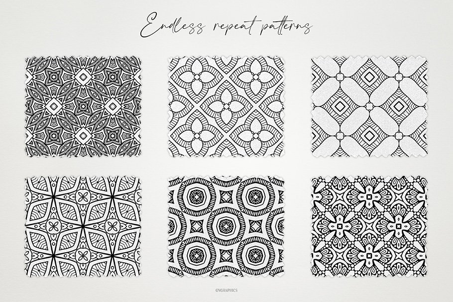 Black-white ornament for different textures. This is a great way to decorate your kitchen with new and stylish tiles.