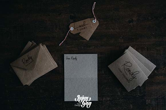 This font is perfect for card.