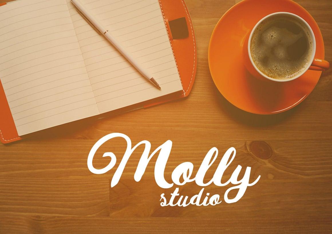 Molly studio.
