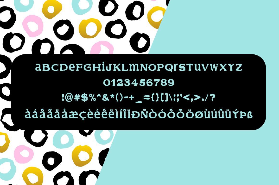 Finder grunge display font